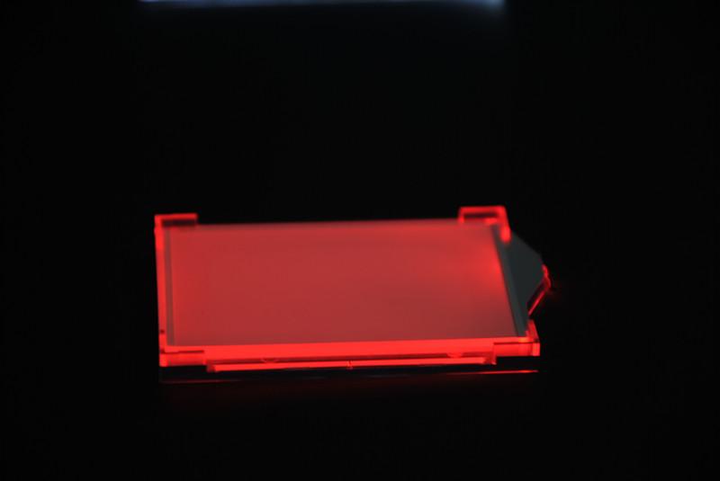 红色发光LED背光源